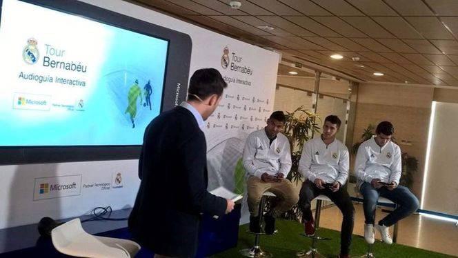 El Real Madrid C. F. y Microsoft lanzan la primera audioguía interactiva para visitar el Tour Bernabéu