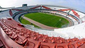 Visita a los estadios de futbol legendarios de Europa y Latinoamérica