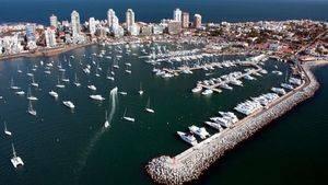 La regata Clipper recala en el puerto uruguayo de Punta del Este