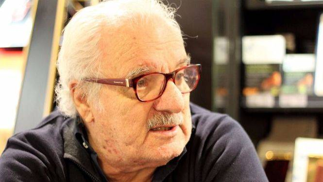 "Javier Reverte: ""Andalucía tiene una riqueza cultural popular muy honda"""