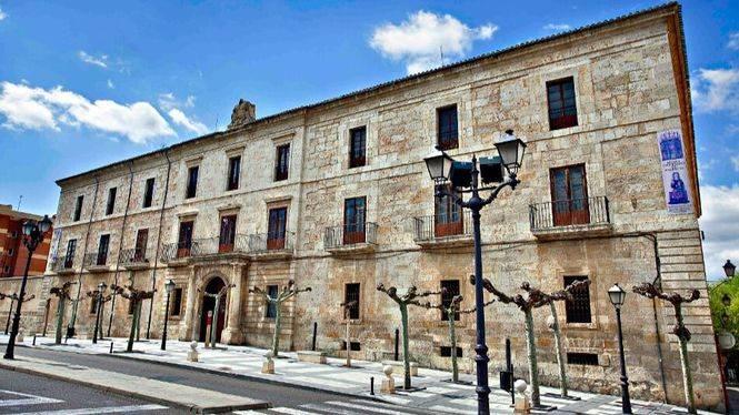 Palencia exhibe su legado patrimonial, histórico y artístico a través de rutas teatralizadas