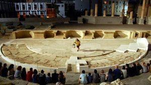 Visitas teatralizadas nocturnas en el Barrio del Foro Romano de Cartagena