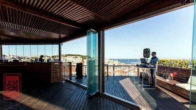 Siete terrazas para ver Lisboa desde los tejados