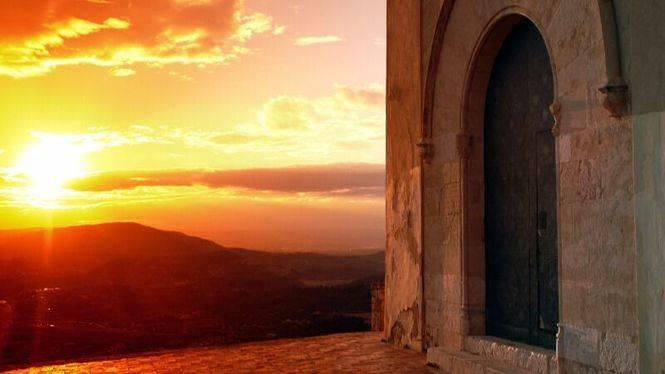 Leyenda de Xàtiva, dos ermitas separadas por un manotazo de Dios