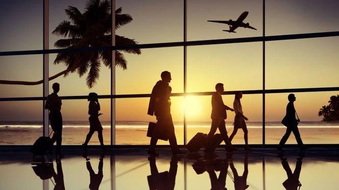 Estudio de cómo viajan los españoles con motivo del Día Mundial del Turismo