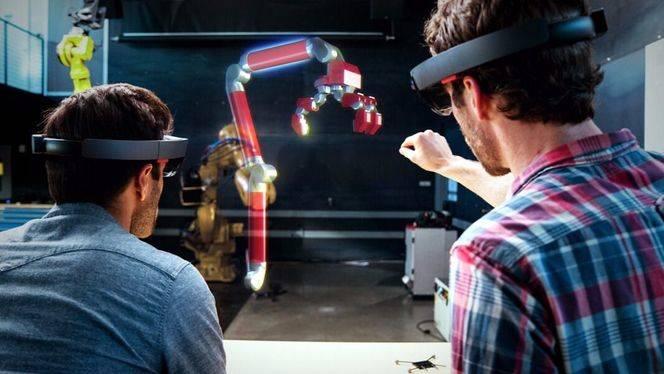Microsoft HoloLens, ya disponible en España