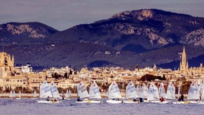 La regata más longeva de las Baleares amarra en las aguas de Palma