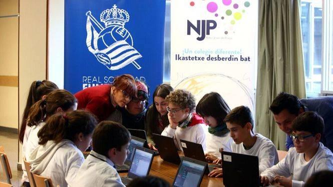 Microsoft y Real Sociedad Fundazioa llevan la Hora del Código a los colegios de Euskadi