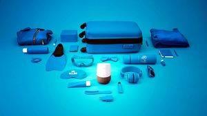 Blue Bot de KLM ayuda a hacer el equipaje