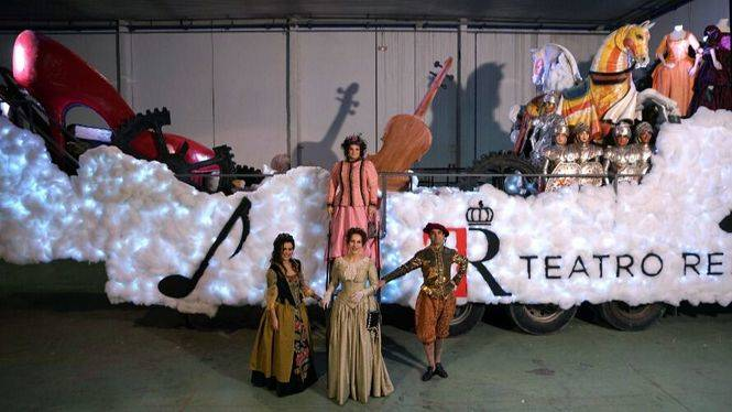El Teatro Real participa en la Cabalgata de los Reyes Magos en Madrid con una carroza