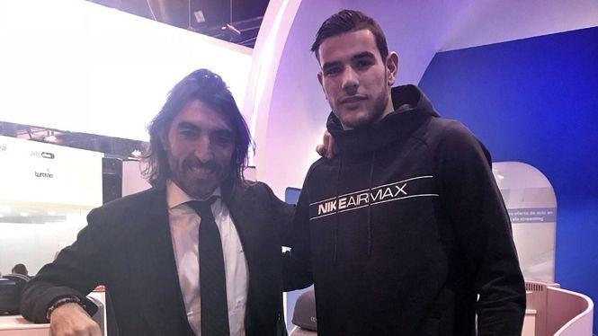 Jugadores del Atlético de Madrid y del Real Madrid visitaron Fitur