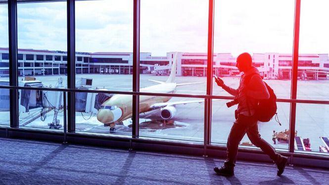 El 44% de los españoles que viajen en febrero lo hará en solitario