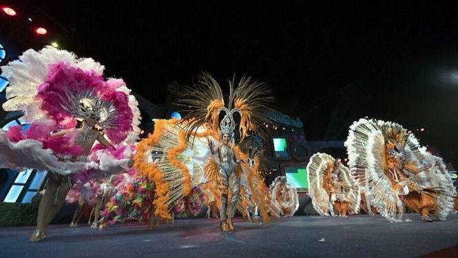 Las Palmas de Gran Canaria, capital de Carnaval, vela y baloncesto en febrero