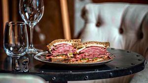Sandwich frío de Pastrami La Finca.
