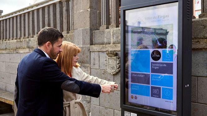 Nueva señalización turística en la Villa de Firgas