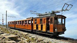 Tren de Larrún