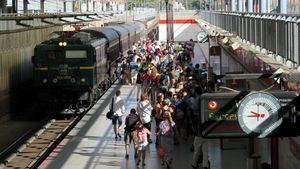 Viajeros al Tren de la Fresa