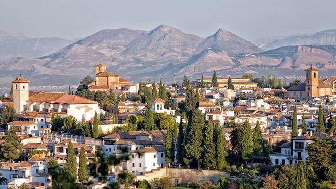 Granada despunta como nuevo destino city breaks para los españoles