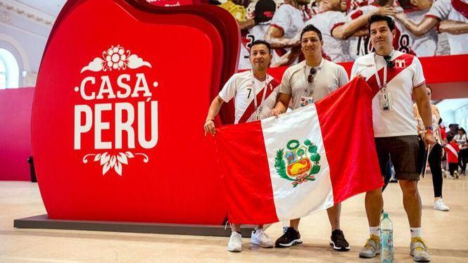Tradiciones de Perú conquistan la Plaza Roja gracias a la Casa Perú