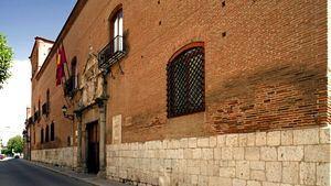 Ruta de Carlos V. Palacio de los Dueñas