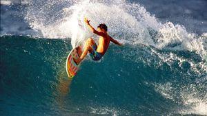 Los mejores lugares para practicar surf o buceo en la Costa Vasco-Francesa