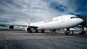Iberia volará todos los días a San Salvador