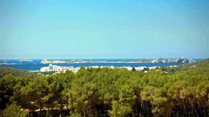 Explorar la isla de Ibiza desde Can Lluc