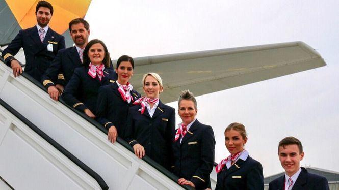 Condor se tiñe de rosa por tercer año consecutivo, contra el cáncer de mama