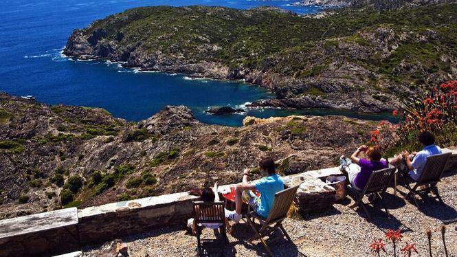 Rosas, la puerta de entrada al fascinante Parque Natural del Cabo de Creus