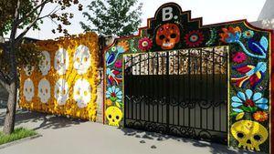 Celebra el Día de Todos los Santos alojándote en una ofrenda mexicana