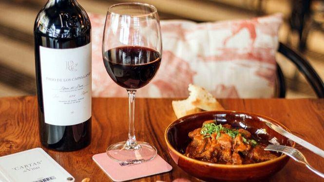Oda al vino en pleno corazón de Sevilla