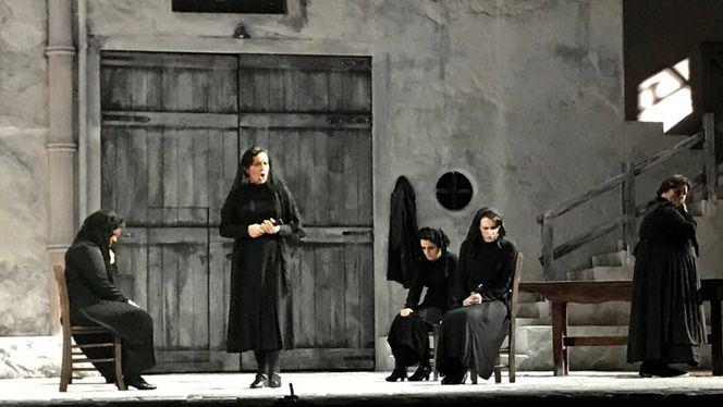 Teatro de la Zarzuela: La casa de Bernarda Alba