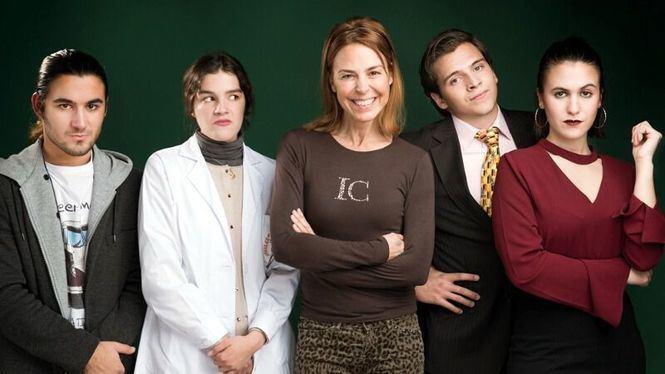 Tiza, comedia dirigida por Blanca Oteyza, en los Teatros Luchana