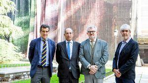 El Museo del Prado viste sus fachadas con los ropajes de obras maestras