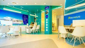 Onlinetours y Evelop Airlines abren su primera tienda conjunta en Madrid