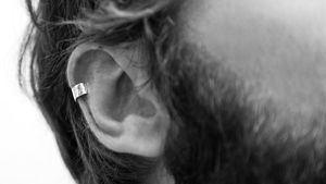 Ear cuff sencillo. Plata. P.V.P. 44,00€