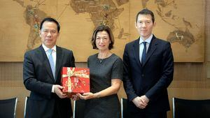 Air France-KLM y China Eastern firman la ampliación de su joint venture