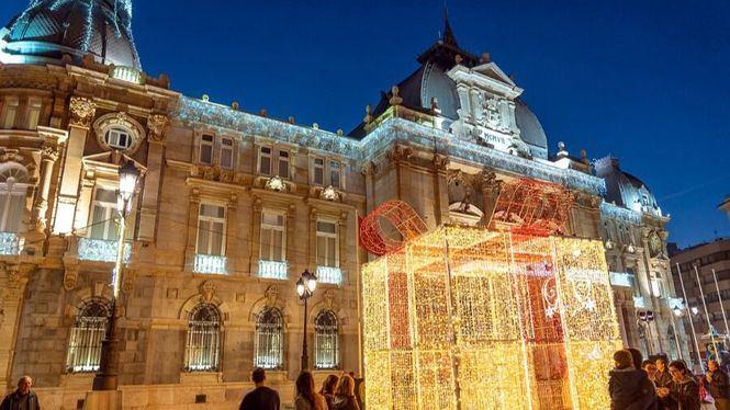 Espectáculo de luz en la fachada del Palacio Consistorial de Cartagena
