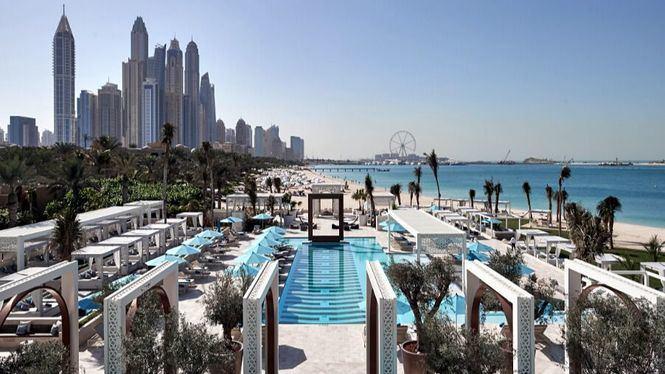 Escaparse del frío y disfrutar del sol de Dubái en sus beach clubs