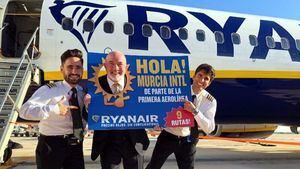 Ryanair, primera aerolínea en aterrizar en el nuevo aeropuerto internacional de Murcia