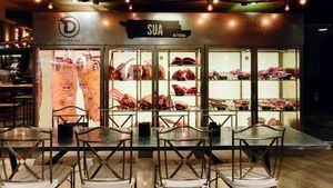 Asador Sua By Grupo Triciclo posee una de las mayores y variadas vitrinas cárnicas de Madrid
