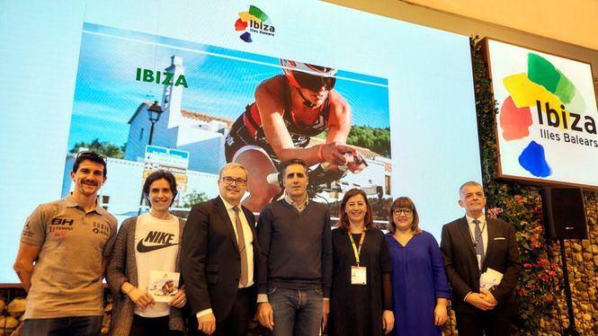 Miguel Induráin, Carlos Coloma y Nuria Fernández presentan Ibiza como destino deportivo