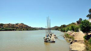 El Festival del Contrabando, un puente flotante a ambos lados del Guadiana