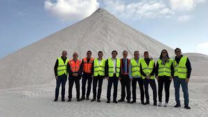 La Vuelta 2019 arrancará desde una de las montañas de sal del Parque Natural de Torrevieja