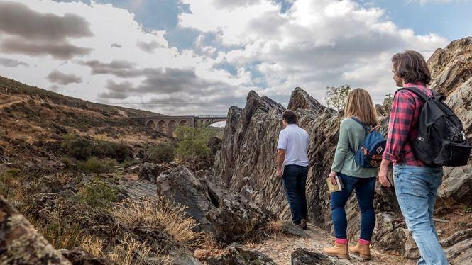 Descubrir la Naturaleza Escondida de Salamanca haciendo senderismo