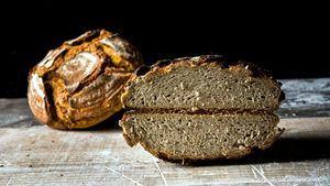 Pan de trigo sarraceno, o de las dos mentiras