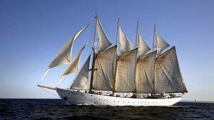 Los majestuosos veleros vuelven a hacer escala en Castellón