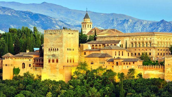 Andalucía, Cataluña y Madrid concentran los hoteles mejor valorados de España