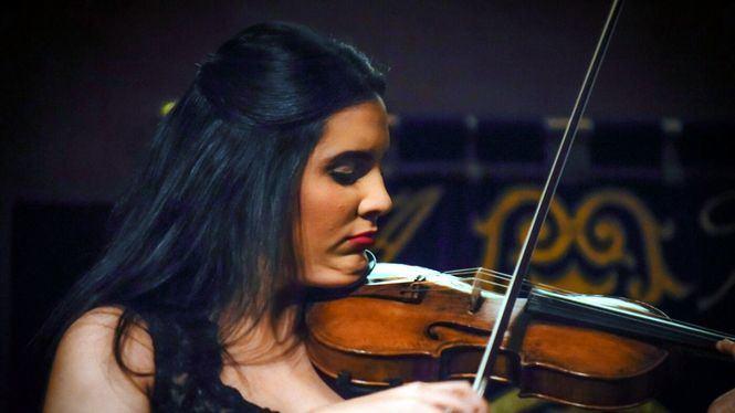 La violinista dominicana Aisha Syed regresa a España para dar un concierto en Valencia