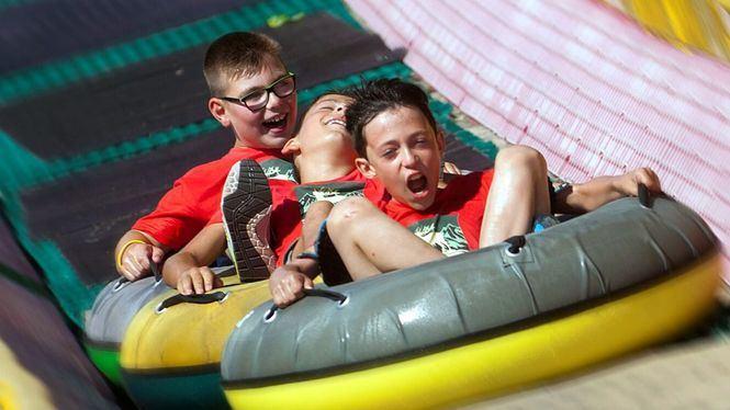 Aventuras y aprendizaje, en los campamentos de verano de Sendaviva